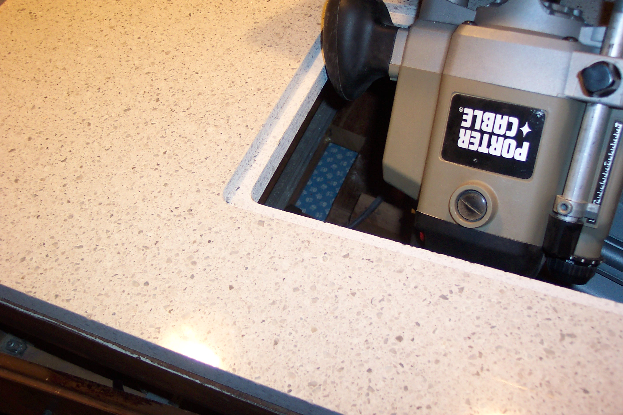 Silestone router table top a gloat keyboard keysfo Images